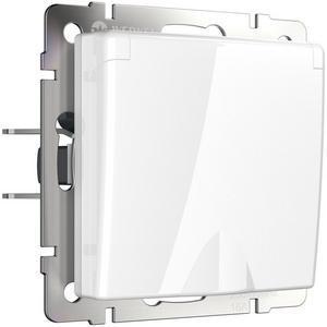 Розетка влагозащищенна с заземлением с крышкой со шторками, без рамки Werkel Белый WL01-SKGSC-01-IP44